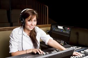 iStock_000013820228Large - Women at Recording Studio